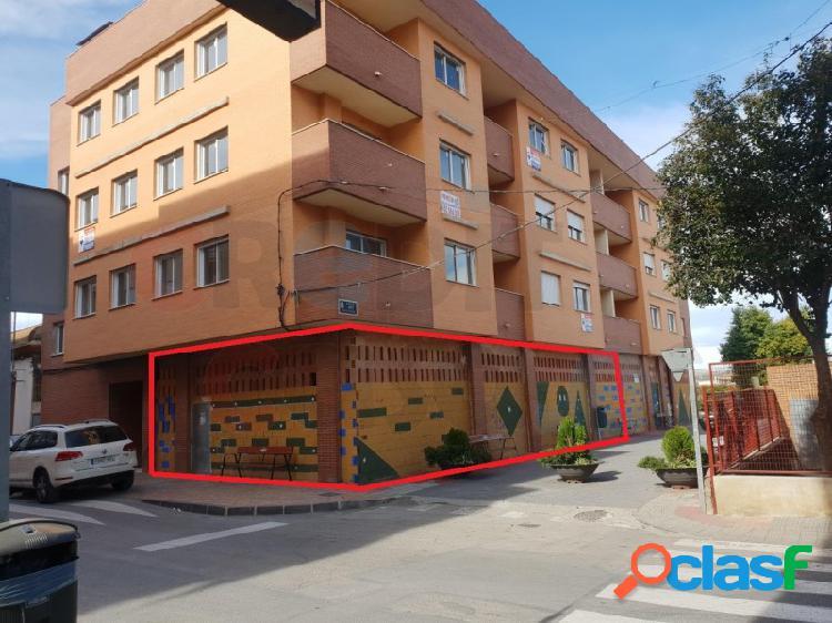Local comercial. 200 m² de obra nueva en rincón de seca