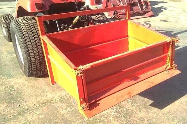 Venta de caja basculante para mini tractores en valencia