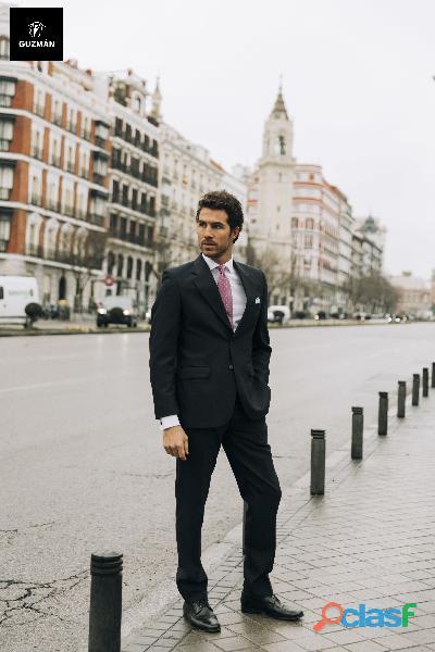 Alquiler de trajes de novio y chaqués online  Trajes Guzmán 5
