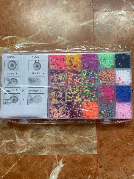 Hama beads de 20 colores 11000 piezas