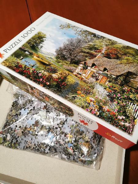 Puzzle 1000 piezas. rincón encantador.