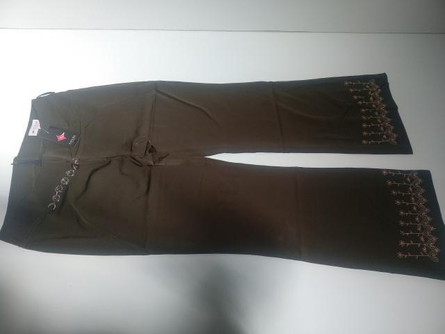 Stock pantalones mujer