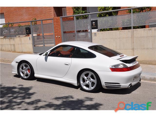 Porsche 911 Carrera 4S 3