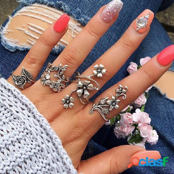 Nuevos anillos de moda popular para mujer, 4 conjuntos de anillos de plata antigua personalidad hueca flor establecidos de plata