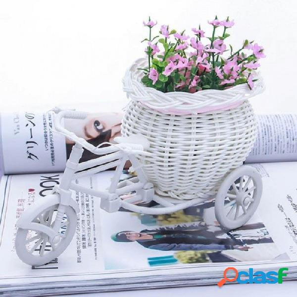 Santo blanco triciclo bicicleta diseño flor cesta recipiente de almacenamiento para el partido y la boda como regalos de cumpleaños diseño de la bicicleta