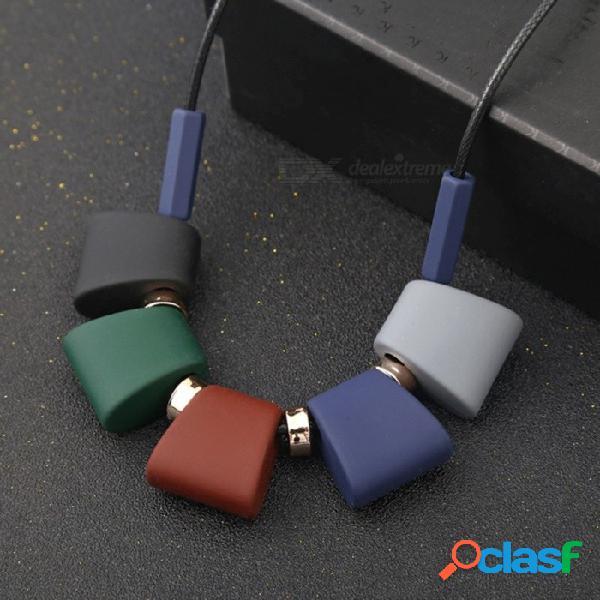 Nueva personalidad de cinco colores collar de bloque geométrico cuentas de madera coloridas para mujeres joyería negro