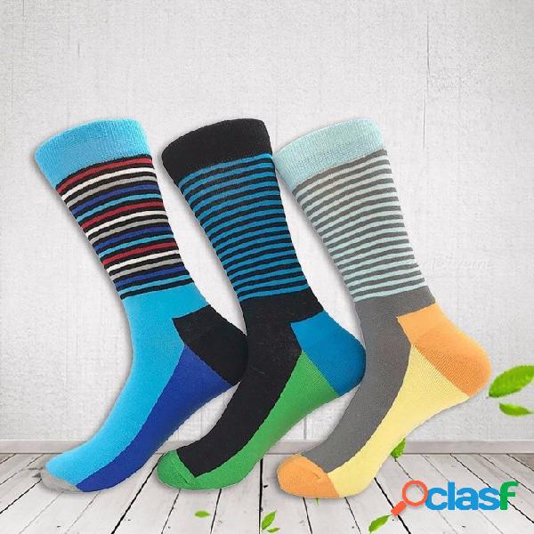 Los calcetines coloridos de los hombres de la moda, golpean el color rayaron los calcetines masculinos del algodón de la tela a rayas para el otoño de la primavera (3 pares / color al azar) m