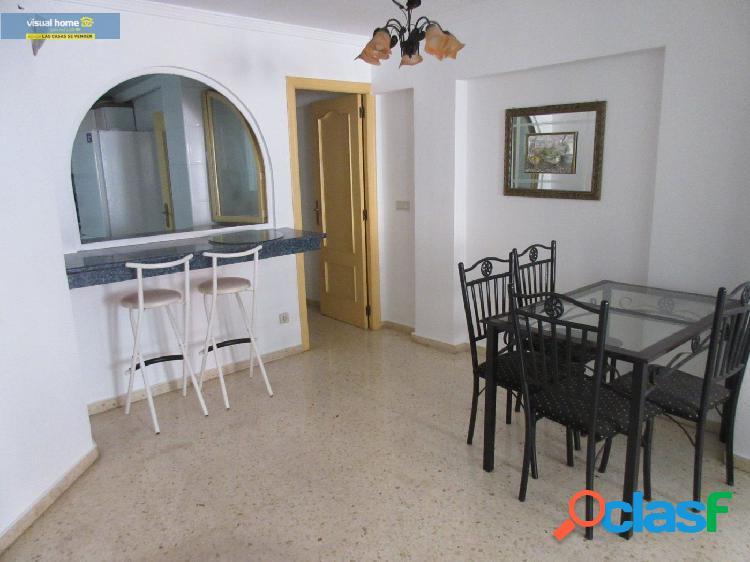 Apartamento de dos habitaciones y dos baños con garaje a un precio excepcional