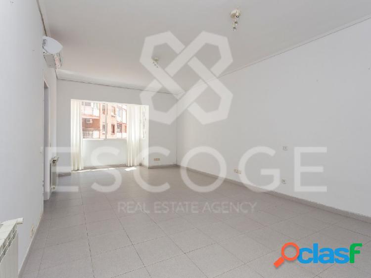 Piso de 2 habitaciones en Josep Tarradelles 1