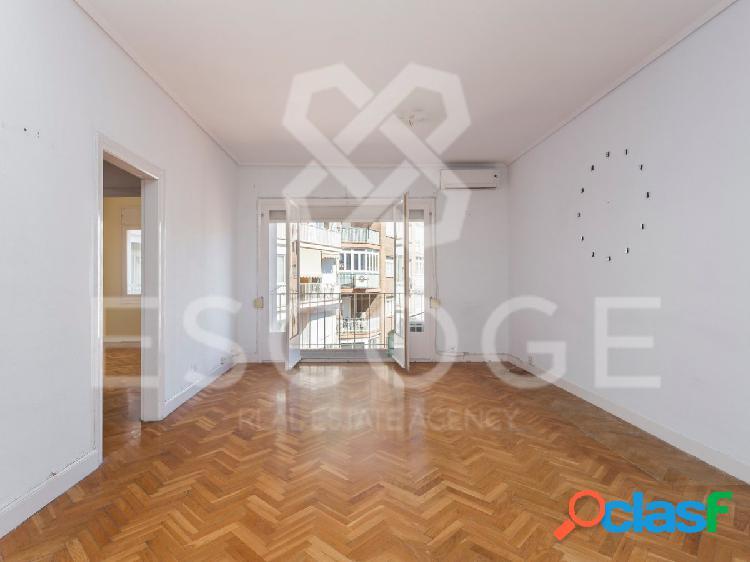 Piso de 2 habitaciones junto a Plaza Francesc Macia. 2