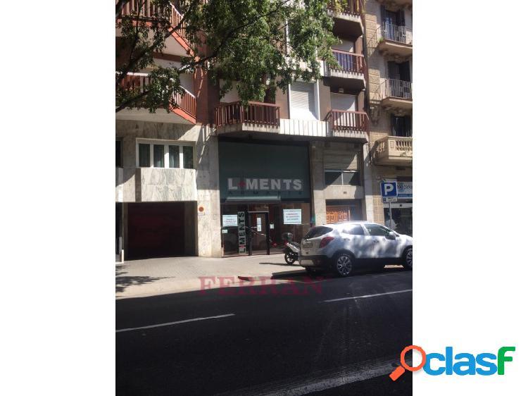 Local comercial en alquiler sant antoni,barcelona