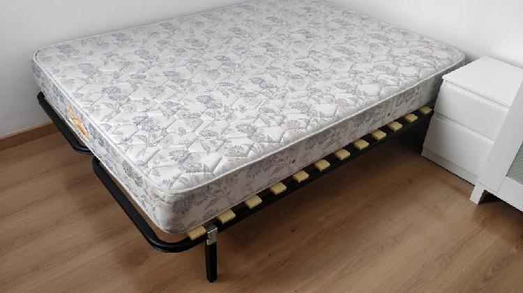 Somier y colchón pikolín. cama doble 135cm