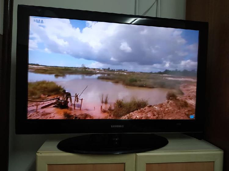 Television tv lcd samsung 40' le40a558p3f full hd