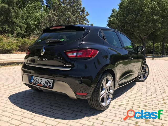 RENAULT Clio gasolina en Madrid (Madrid) 3