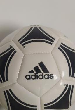 Balón adidas tango
