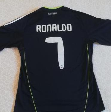 Camiseta c. ronaldo real madrid 10/11 original.