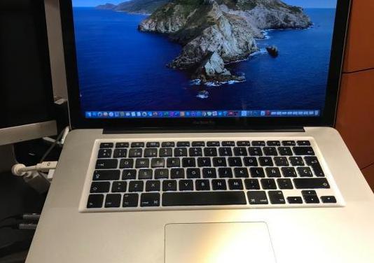 Excelente macbook pro 15 ssd 1 tera