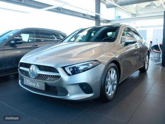 Mercedes clase a sedan a 180 d de 2020 por 35.900 eur. en