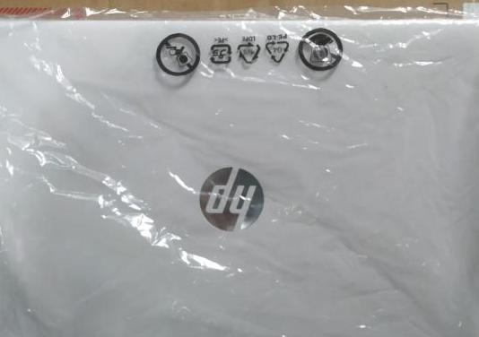 Portátil hp blanco 15s comprado 20/04/20