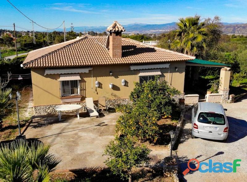 Alquilo una casa con piscina en Malaga Alhaurin cerca campo lauro golf 3