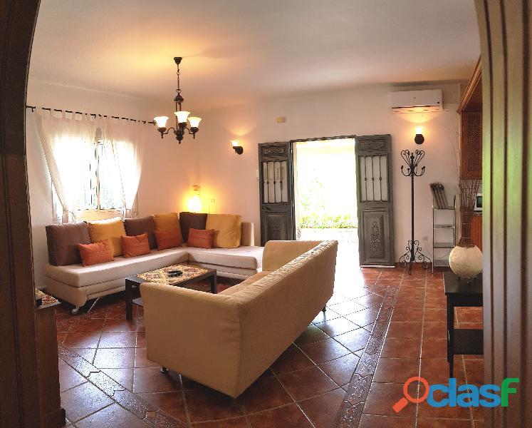 Alquilo una casa con piscina en Malaga Alhaurin cerca campo lauro golf 9
