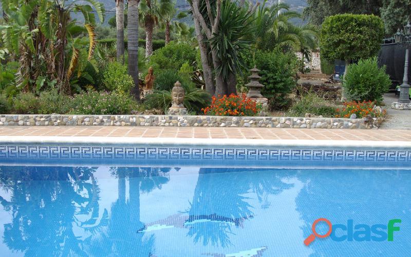 Alquilo una casa con piscina en Malaga Alhaurin cerca campo lauro golf 18