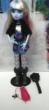 Monster high abbey picture day