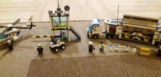 Pack lego comisaria policia vehiculos
