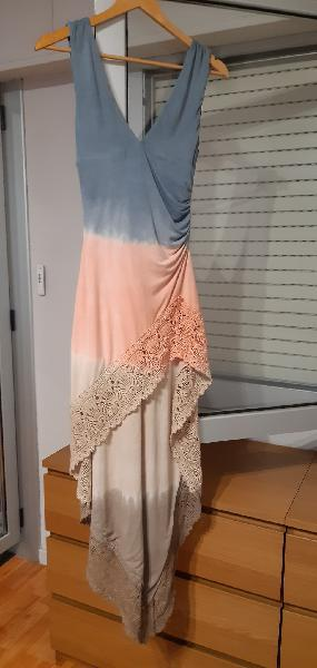 Sky low-cut, tie-dye dress