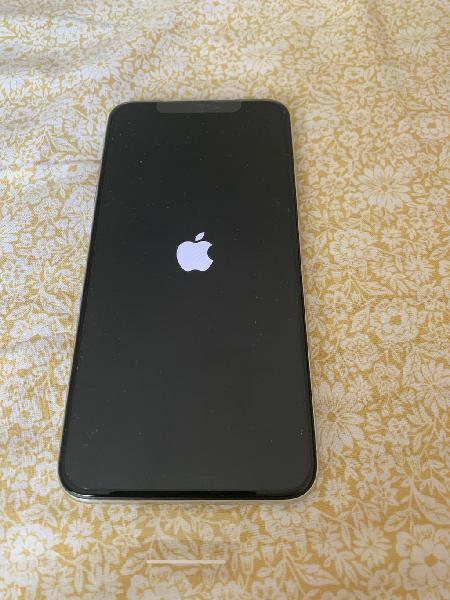 Vendo iphone xs max plata