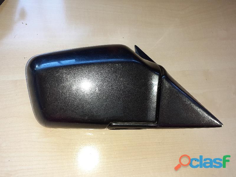Espejo retrovisor derecho BMW E 30