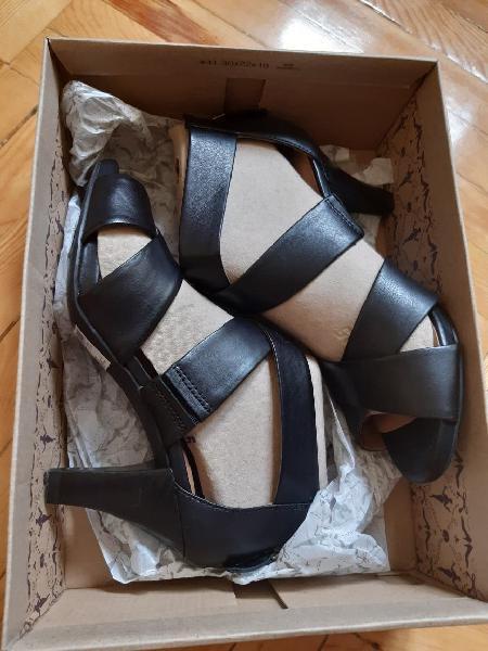 Zapatos sandalias clarks talla 38