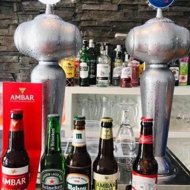 Excelente cafeteria bar cerveceria plaza peatonal