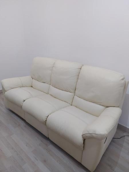 Sofá de piel blanca 3 plazas relax marca losbu