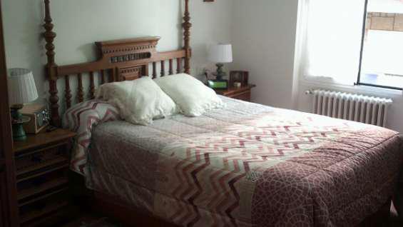 Dormitorio de 135 de madera maciza en león