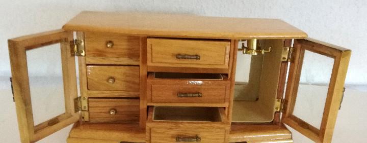 Mueble joyero cajones madera musica con llave funciona