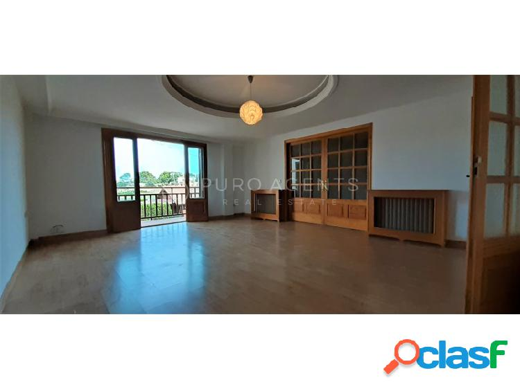 Chalet de 4 habitaciones en venta en ses cadenes - arenal, palma. inmobiliaria mallorca puro agents