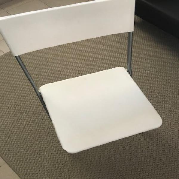 2 sillas plegables por 10€ las 2
