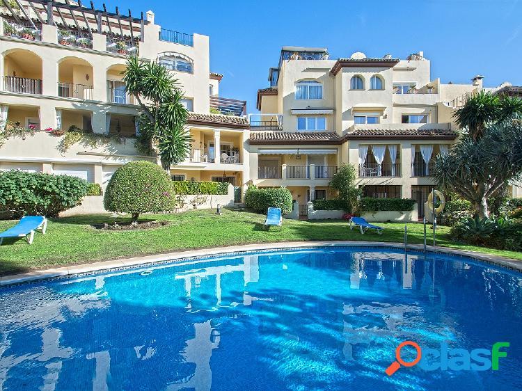 Apartamento en venta en guadalmina alta, marbella, málaga