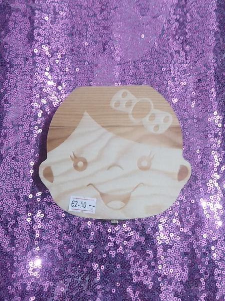 Caja de madera niña guarda dientes