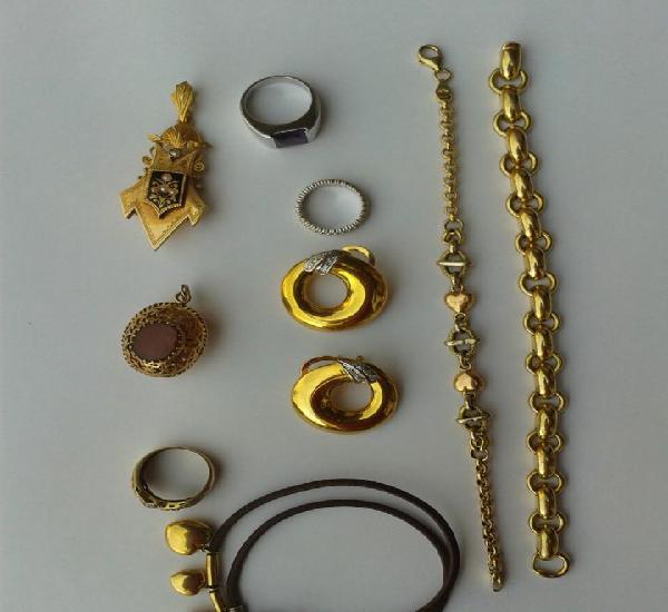 Lote - 9 piezas - oro - 18 kilates de diseño
