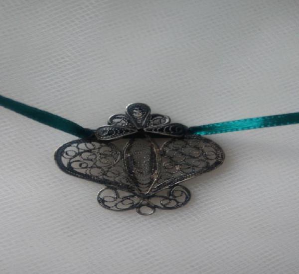 Motivo decorativo filigrana de plata