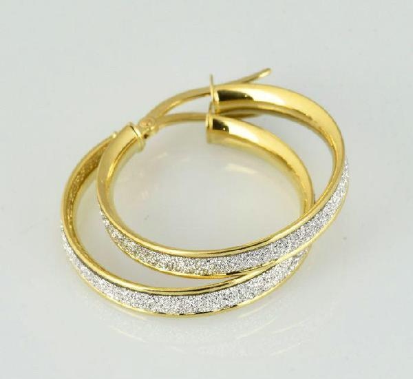 Pendientes de oro de 18 k. peso: 2.84 gr.