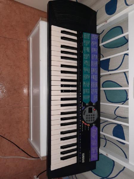 Piano yamaha psr-73