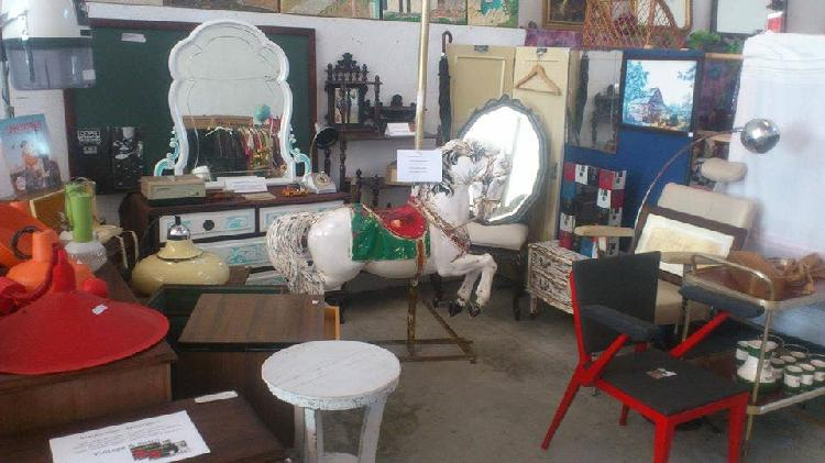 Restauracion radios antiguas,muebles,tapizados