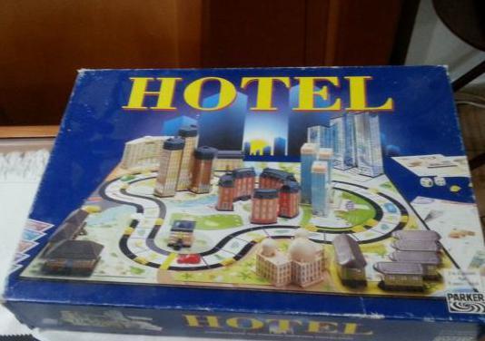 Hotel juego mb 2004 - ingles-frances-italiano comp