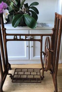 Patas-soporte-pie máquina coser alfa