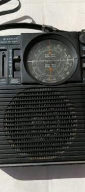 Radio sanyo de los 70-80