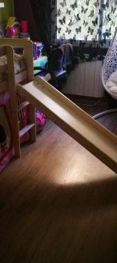 Cama de 90 madera, escalera y tobogán.
