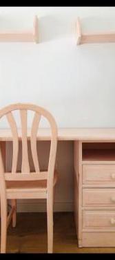 Conjunto de muebles en madera maciza